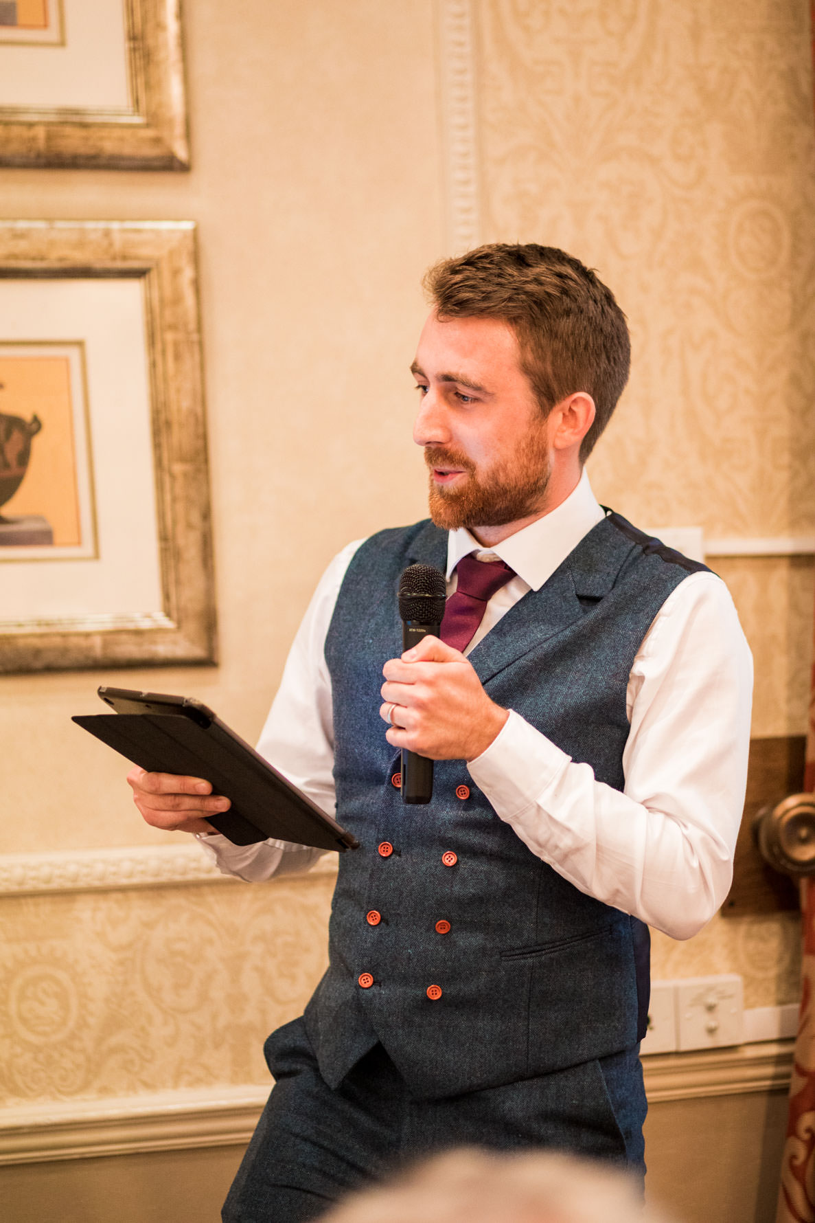 Best man holding wedding speech