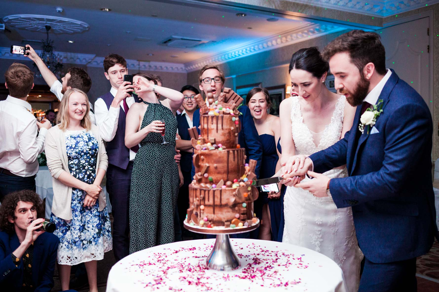 cake cutting at wood hall wedding