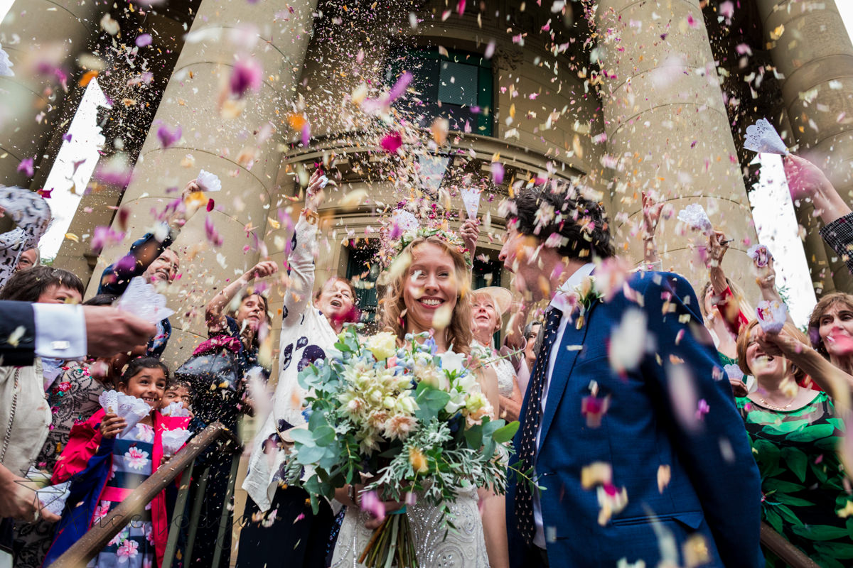 wedding photographer Saltaire united reformed church
