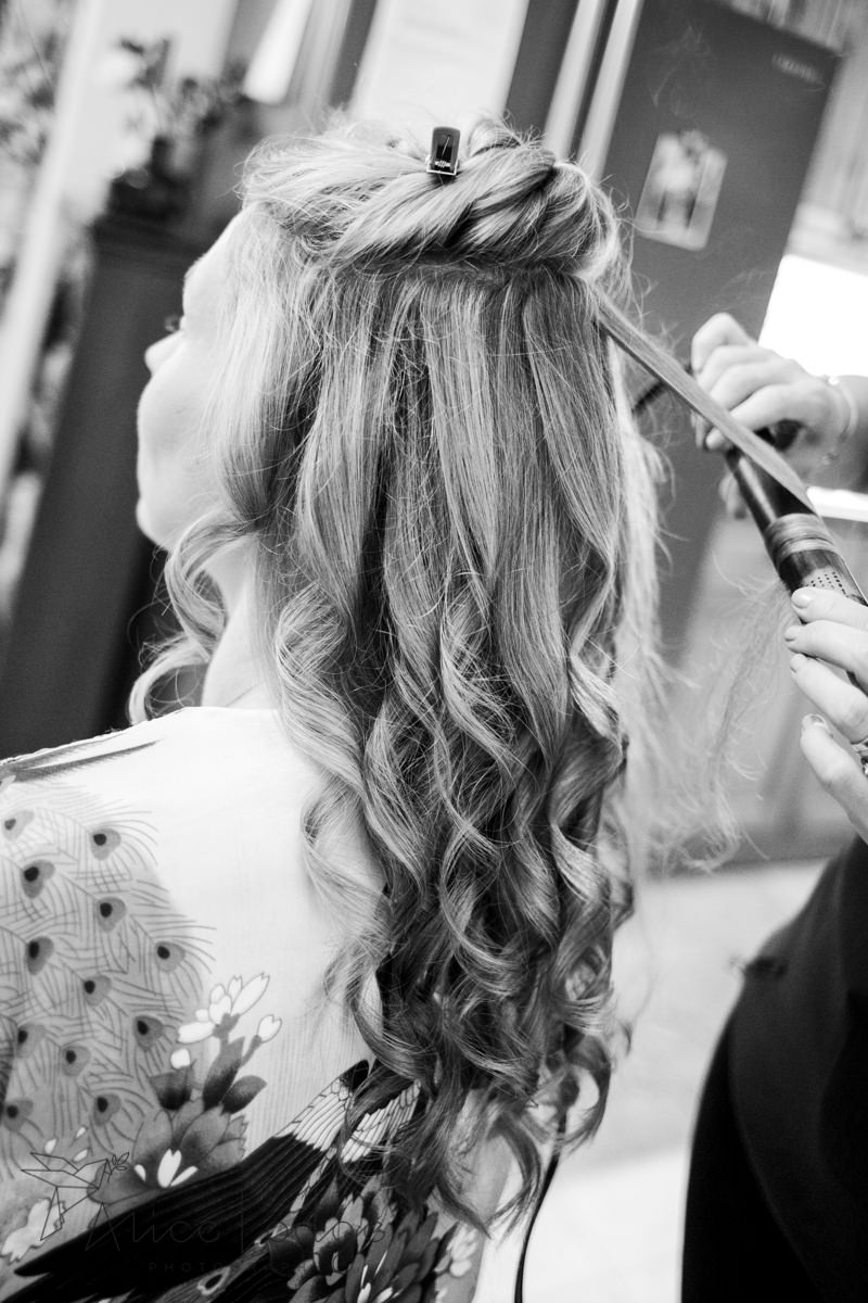 Bridal hair with curls
