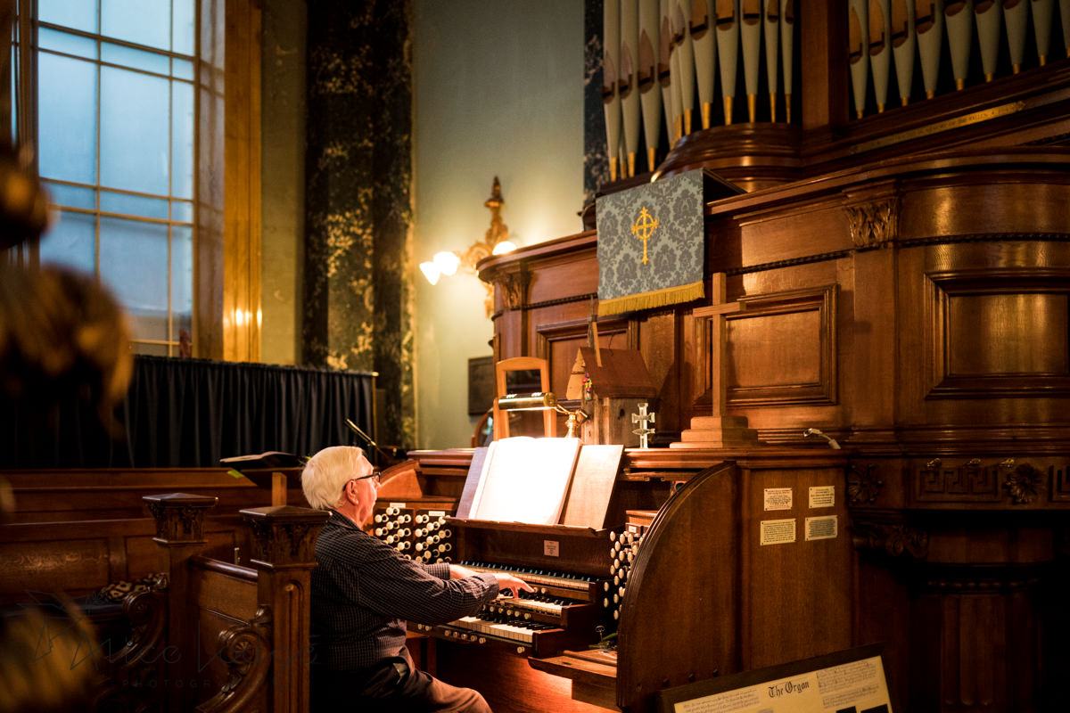 organ player in church