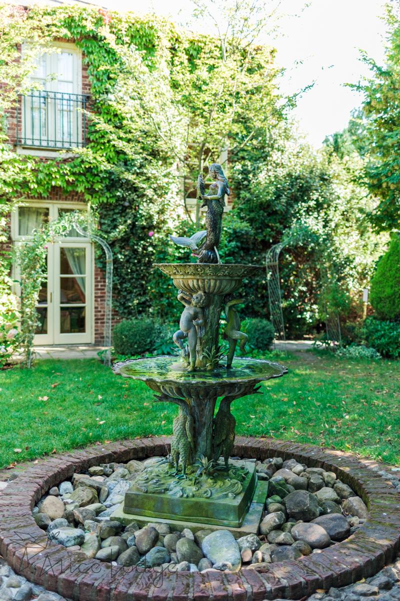 York pavilion hotel garden