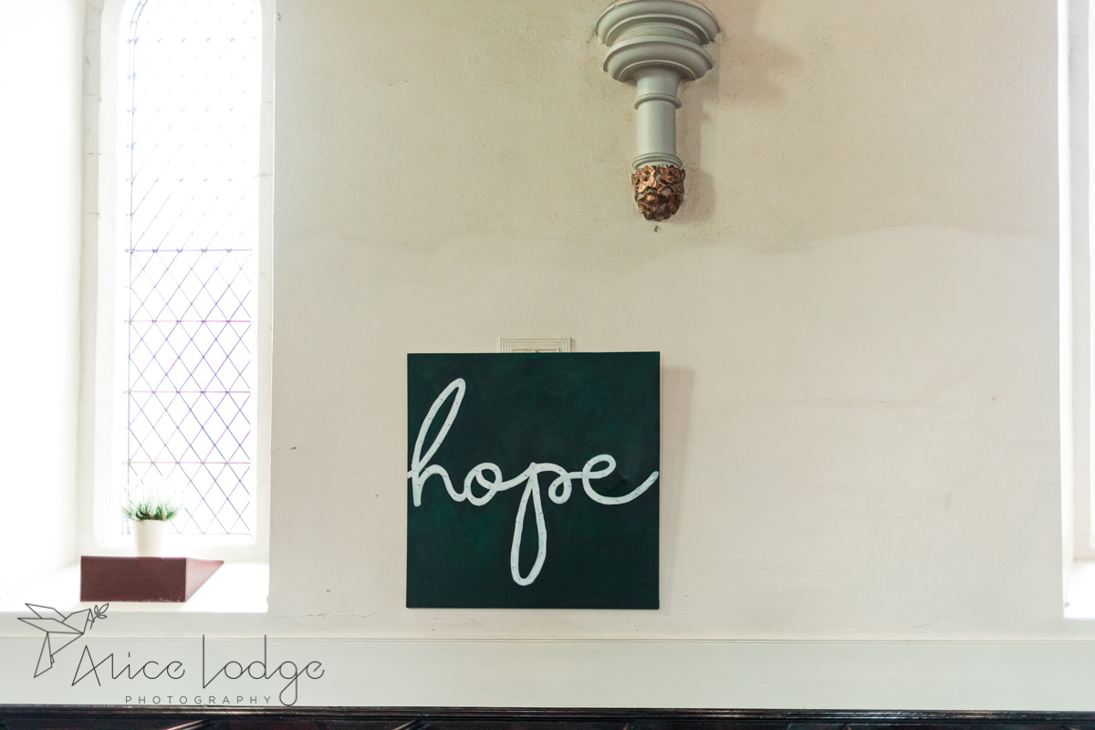 Hope sign on wall