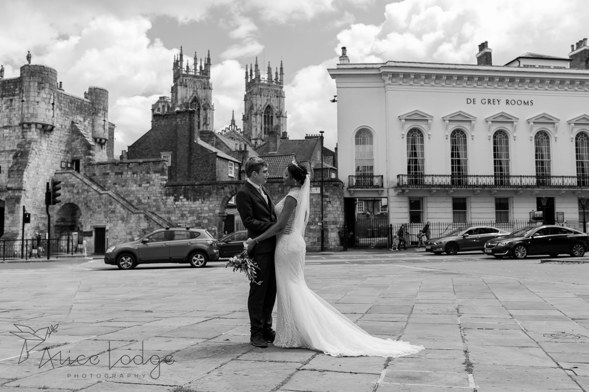 york wedding couple with minster view