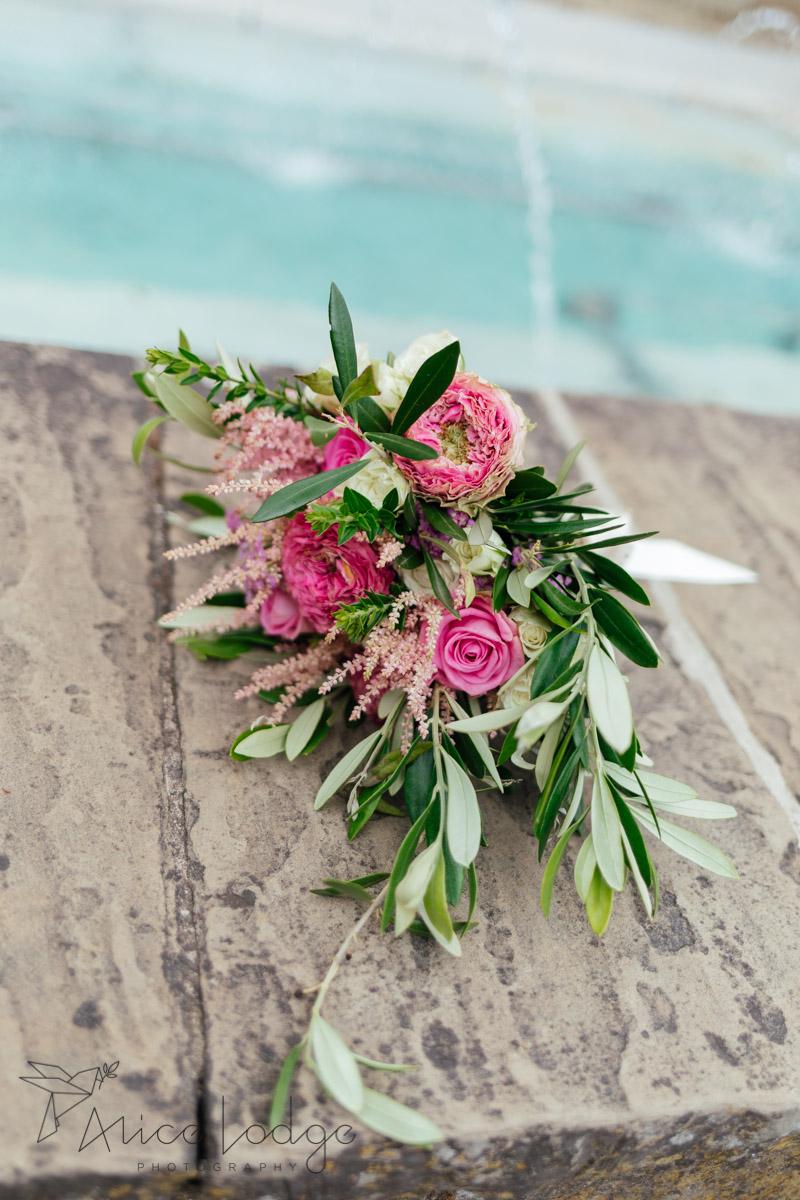 wedding flowers in pink